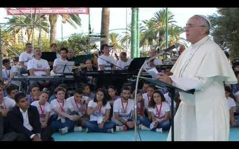 Papa francesco, discorso ai giovani di Cagliari