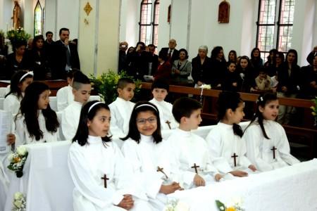 04.05.2014 - FOTO DELLA S.MESSA IN OCCASIONE DELLA PRIMA COMUNIONE DEI BAMBINI DI 4a ELEMENTARE