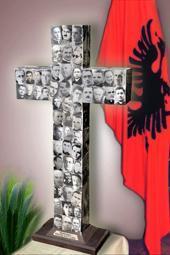 14.9.2017   COMUNISMO IN ALBANIA ....
